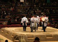 この画像は、サイトの記事「大相撲 太鼓 ネットや口コミで話題 YouTube注目無料視聴動画ご紹介!」のイメージ写真画像として利用しています。