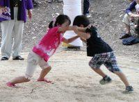 この画像は、サイトの記事「女子 相撲 小学生 ネットや口コミで話題 YouTube注目無料視聴動画ご紹介!」のイメージ写真画像として利用しています。