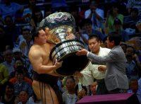 この画像は、サイトの記事「大相撲 九州場所 優勝 ネットや口コミで話題 YouTube注目無料視聴動画ご紹介!」のイメージ写真画像として利用しています。