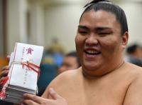 この画像は、サイトの記事「大相撲 夏場所 2017 御嶽海 ネットや口コミで話題 YouTube注目無料視聴動画ご紹介!」のイメージ写真画像として利用しています。