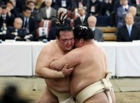 このイメージ画像は、このサイト記事「大相撲 初場所 2019 おすすめ動画&人気YouTubeランキングまとめ!」のアイキャッチ画像として利用しています。